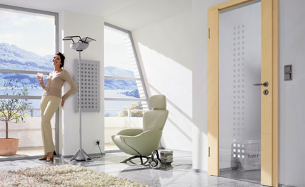 mit t ren aus holz den wohnraum veredeln bremer baustoffe gmbh. Black Bedroom Furniture Sets. Home Design Ideas